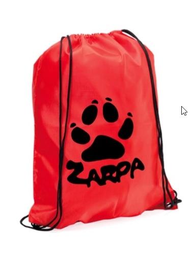 Mochila petate roja personalizada con el logo de Zarpa en color negro
