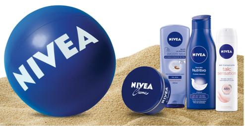 Kit de productos de playa de Nivea