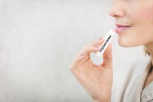 balsamo-labial-para-proteger-tus-labios