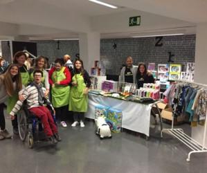 Muybuenaidea dona productos al mercadillo navideño organizado por Araprode