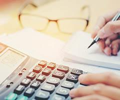 Calculadoras personalizadas como material de oficina publicitario