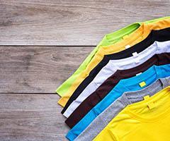 Camisetas promocionales con publicidad como regalo textil de empresa