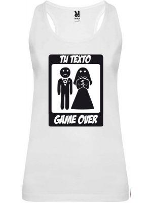 Camiseta blanca de tirantes para despedida de soltera con diseño game over vista 1