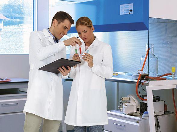 Batas sanitarias valento farmacéuticas blancas imagen 1