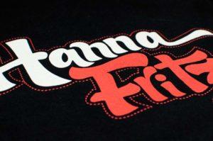 Detalle de serigrafía en camiseta
