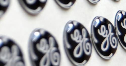 Detalle aumentado de varias etiquetas de gota de resina